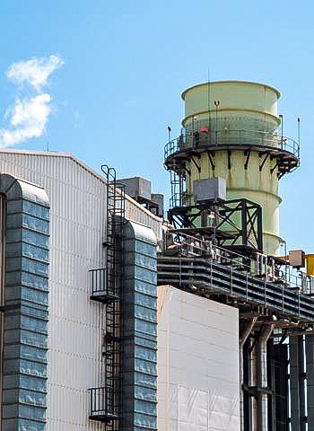 Monteure der IBE Industrieservice am Müllheizkraftwerk in Mannheim