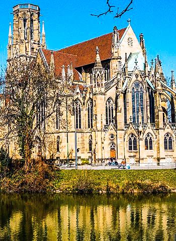 Stuttgart - Fassadenbegutachtung einer Kirche durch Industriekletterer