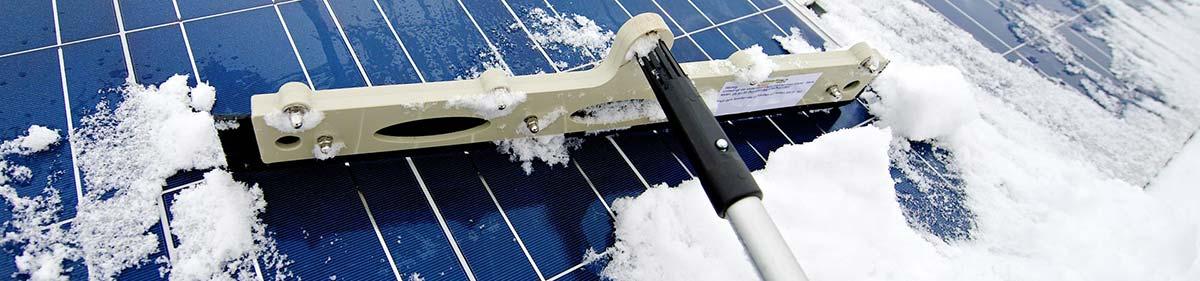 Eisreinigung und Schneereinigung durch Industriekletterer