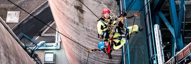 Professionelle Höhenrettung nach SRHT Standard durch die IBE Industrieservice GmbH