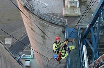 Höhenrettung im Kraftwerk