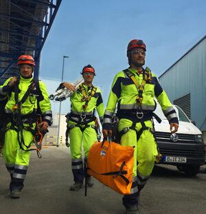 Baustellensicherung durch Höhenrettungsteam der IBE Industrieservice GmbH